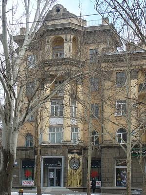 2-комнатная квартира посуточно в Николаеве. Заводской район, ул. Соборная (Советская), 1. Фото 1