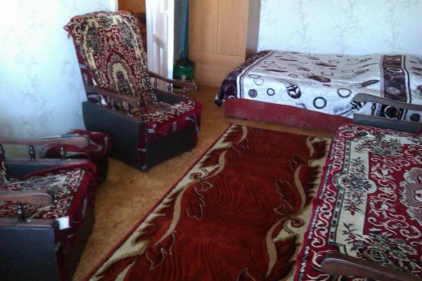 1-комнатная квартира посуточно в Северодонецке. ул. Гагарина, 10. Фото 1