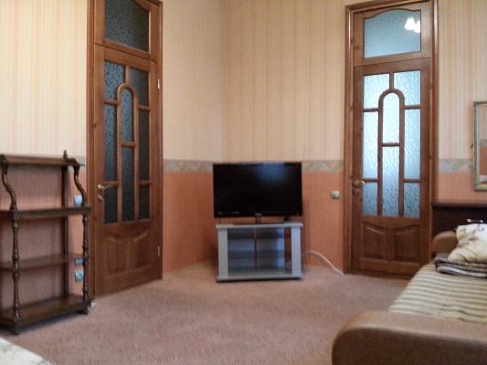 1-комнатная квартира посуточно в Одессе. Приморский район, ул. Веры Инбер, 8. Фото 1