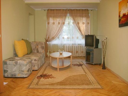 1-комнатная квартира посуточно в Львове. Франковский район, ул. Ефремова, 37. Фото 1