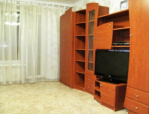 2-комнатная квартира посуточно в Луганске. Ленинский район, кв. Шевченко, 4. Фото 1