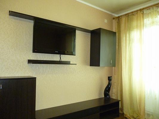 1-комнатная квартира посуточно в Кременчуге. пер. Почтовый, 6. Фото 1