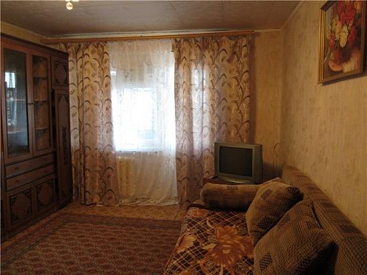 1-комнатная квартира посуточно в Мариуполе. пр-т Металлургов, 202. Фото 1