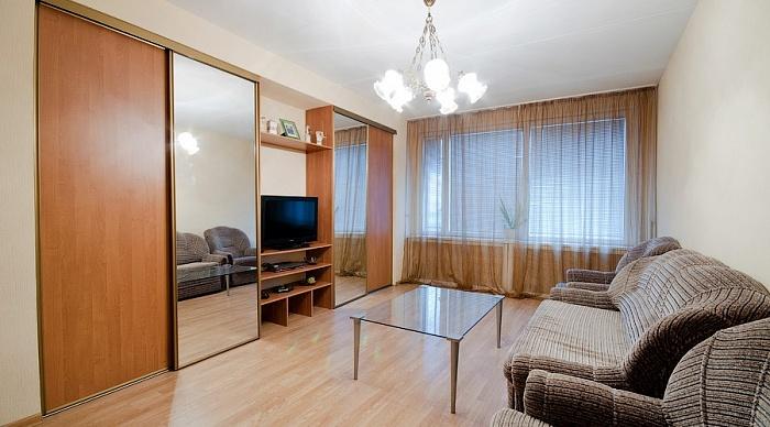 1-комнатная квартира посуточно в Северодонецке. пр-т Химиков, 32. Фото 1