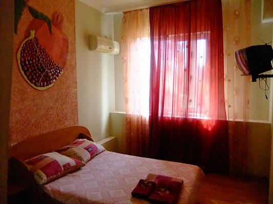 Мини-отель  посуточно в Мелитополе. ул. Б.Хмельницкого, 100. Фото 1