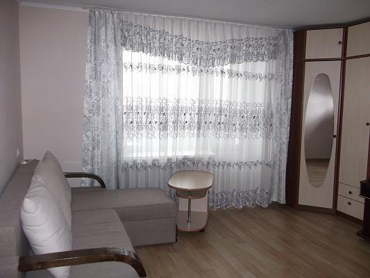 1-комнатная квартира посуточно в Трускавце. ул. Стебницкая, 64. Фото 1