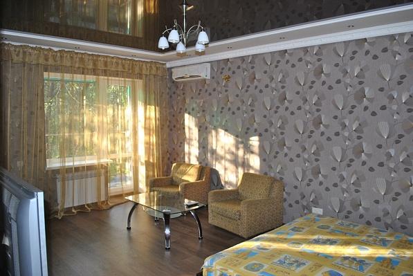1-комнатная квартира посуточно в Донецке. Киевский район, пр-т Титова, 7. Фото 1