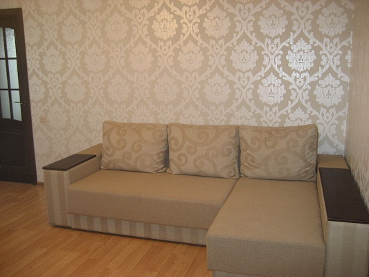 2-комнатная квартира посуточно в Хмельницком. ул. Подольская, 12. Фото 1