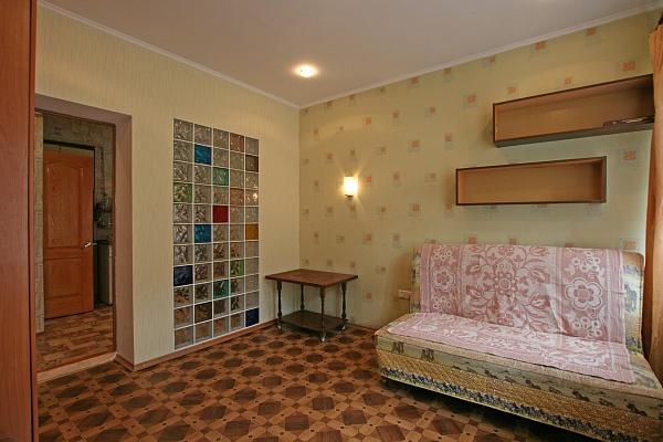 1-комнатная квартира посуточно в Одессе. Приморский район, ул.Пантелеймоновская, 10. Фото 1
