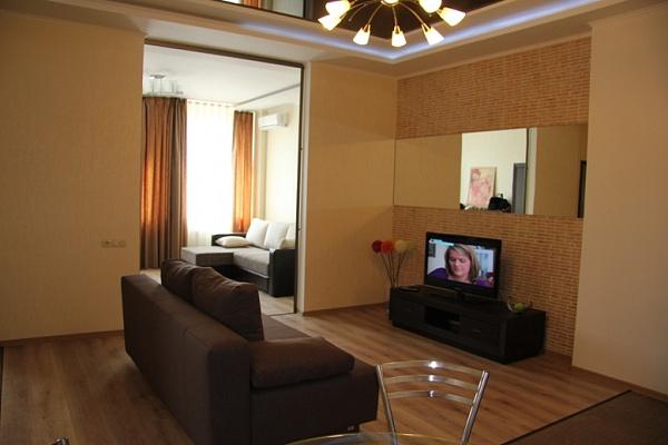 2-комнатная квартира посуточно в Одессе. Приморский район, ул. Пантелеймоновская, 88/1. Фото 1