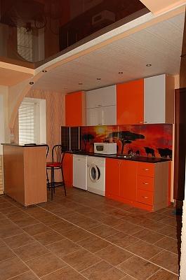 1-кімнатна квартира подобово в Луганську. Ленинский район, вул. Сосюри, 135. Фото 1