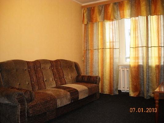 1-комнатная квартира посуточно в Горловке. пр-т Победы, 49. Фото 1