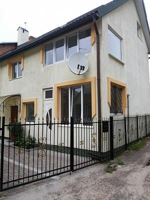 Дом  посуточно в Львове. Шевченковский район, ул. Буковинская, 2. Фото 1