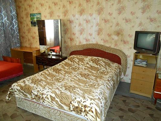 1-комнатная квартира посуточно в Сумах. Заречный район, ул. Харьковская, 39. Фото 1