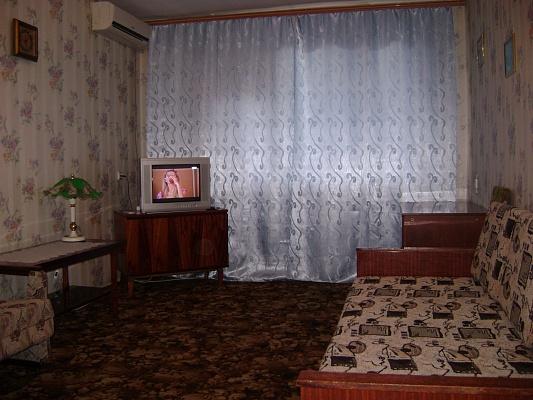 1-комнатная квартира посуточно в Севастополе. Гагаринский район, ул. Блюхера,. Фото 1