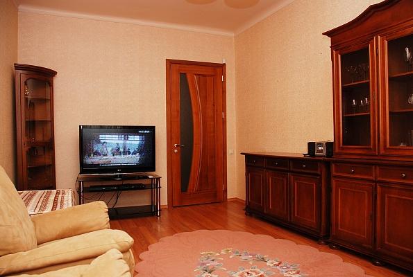 2-комнатная квартира посуточно в Киеве. Печерский район, б-р Леси Украинки, 4. Фото 1
