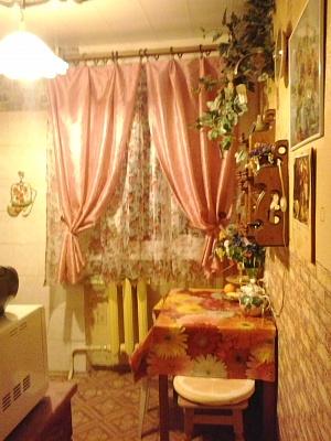 2-комнатная квартира посуточно в Севастополе. Гагаринский район, пр-т Гагарина, 6-А. Фото 1