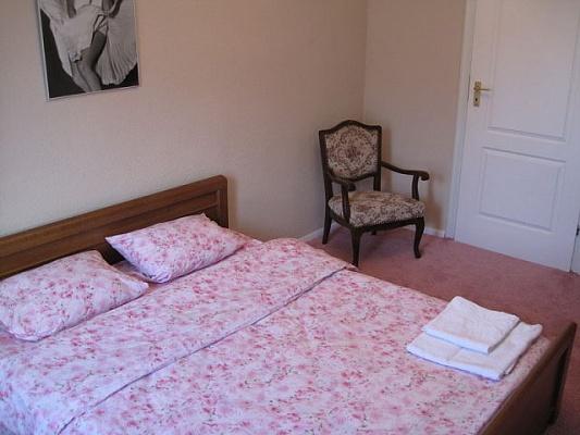1-комнатная квартира посуточно в Алчевске. ул. Белинского. Фото 1