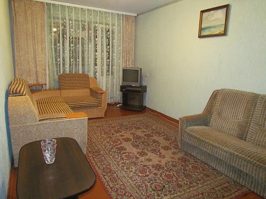 1-комнатная квартира посуточно в Керчи. ул. Юных Ленинцев, 3. Фото 1