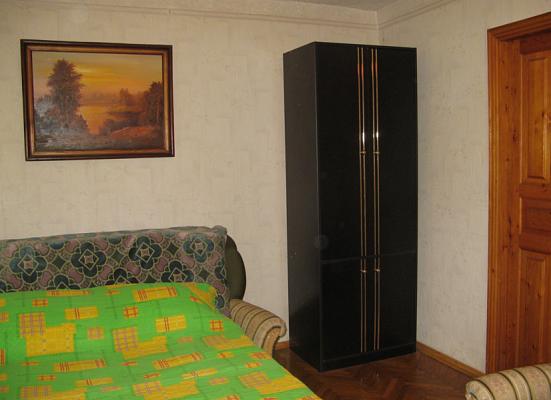 1-комнатная квартира посуточно в Киеве. Шевченковский район, ул. Артема, 57. Фото 1