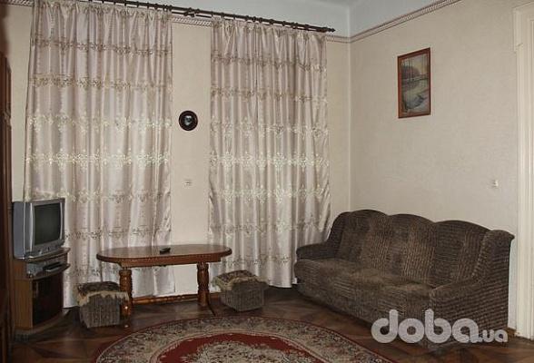 2-комнатная квартира посуточно в Львове. Галицкий район, ул. Лысенка, 6. Фото 1