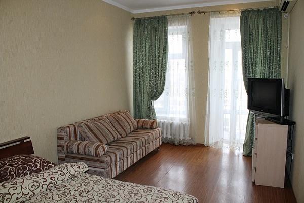 2-комнатная квартира посуточно в Одессе. Приморский район, ул. Дерибасовская , 1. Фото 1