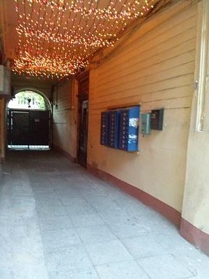 1-комнатная квартира посуточно в Одессе. Приморский район, ул. Базарная, 49. Фото 1