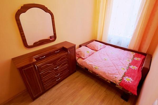 2-комнатная квартира посуточно в Львове. Галицкий район, ул. Театральная, 23. Фото 1