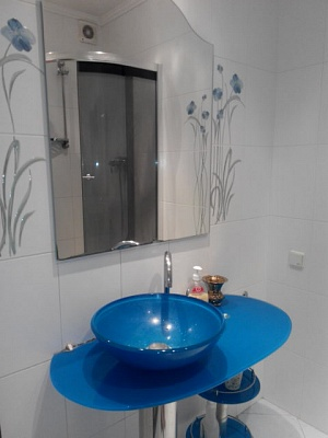 2-комнатная квартира посуточно в Одессе. Киевский район, ул. Академика Королёва, 64а. Фото 1