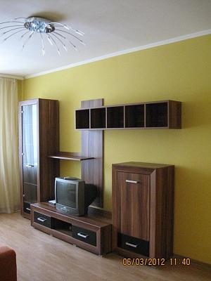 2-комнатная квартира посуточно в Львове. Франковский район, ул.Академика А.Сахарова, 24. Фото 1