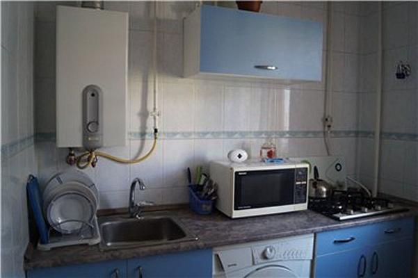 2-комнатная квартира посуточно в Севастополе. Гагаринский район, Гагарина, 17б. Фото 1