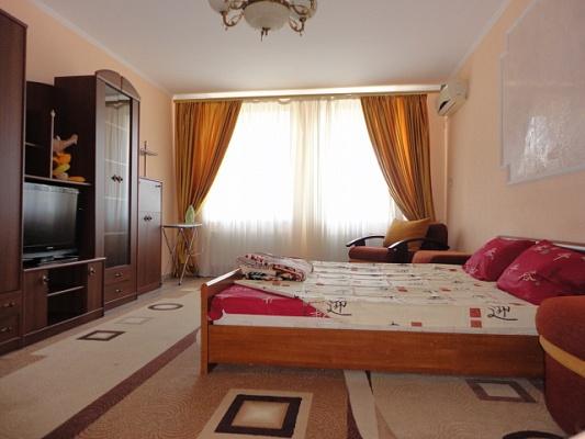 1-комнатная квартира посуточно в Одессе. Киевский район, ул. Вильямса, 59. Фото 1