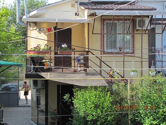 Дом  посуточно в Евпатории. ул. Санаторская, 17. Фото 1