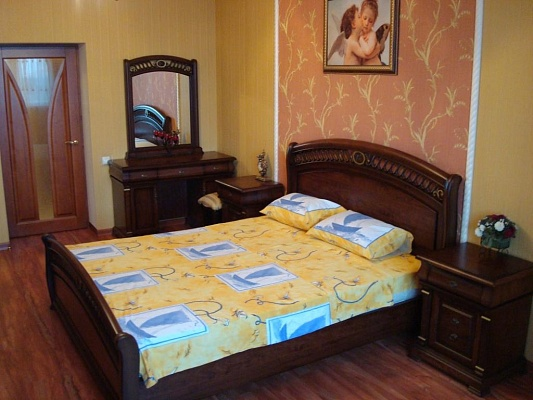 3-комнатная квартира посуточно в Одессе. Приморский район, Итальянский бр., 3. Фото 1