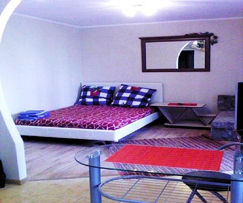 1-комнатная квартира посуточно в Николаеве. Центральный район, пр-т Центральный (Ленина), 185. Фото 1