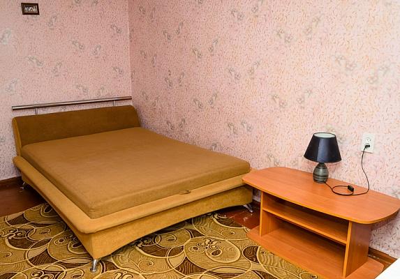 1-комнатная квартира посуточно в Сумах. Ковпаковский район, улица Холодногорская, 39. Фото 1