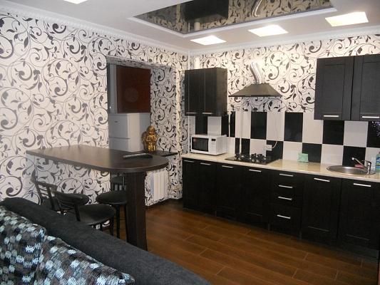 1-комнатная квартира посуточно в Донецке. Киевский район, ул. Брюсова, 2а. Фото 1
