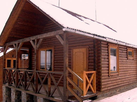 Дом  посуточно в Мукачево. Хустский р-н, с. Шаян, Яблунева , 27. Фото 1
