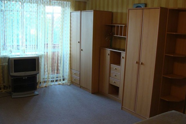 1-комнатная квартира посуточно в Луцке. пр-т Воли, 56. Фото 1