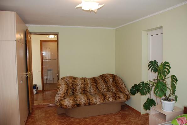 Дом  посуточно в Евпатории. ул. Кошевого, 58. Фото 1