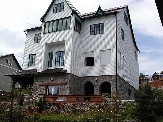 Дом  посуточно в Яремче. г. Яремче район, ул. 200-летия Яремче, 92а. Фото 1