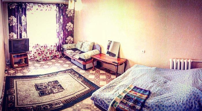1-комнатная квартира посуточно в Хмельницком. пр-т Мира, 60/4. Фото 1