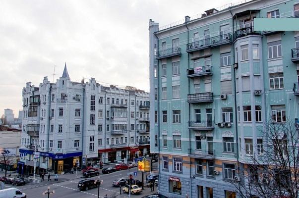 2-комнатная квартира посуточно в Киеве. Голосеевский район, ул. Горького, 25. Фото 1