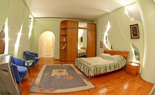 3-комнатная квартира посуточно в Львове. Галицкий район, ул. Берынды, 3. Фото 1