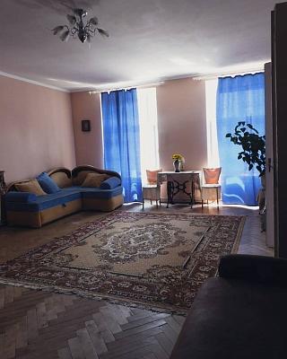 2-комнатная квартира посуточно в Львове. Галицкий район, ул. Краковская, 2. Фото 1