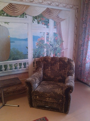 1-комнатная квартира посуточно в Краматорске. ул. ХІХ Партсъезда, 65. Фото 1