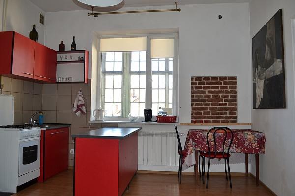 1-комнатная квартира посуточно в Львове. Галицкий район, ул. Ляйнберга, 5. Фото 1