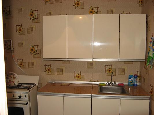 1-комнатная квартира посуточно в Севастополе. Ленинский район, пр-т Острякова, 152. Фото 1