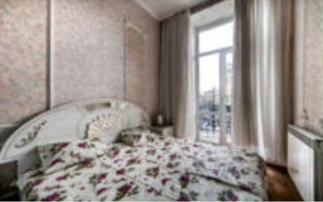 2-комнатная квартира посуточно в Львове. Галицкий район, пл. Григоренко, 4. Фото 1