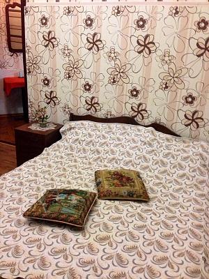 1-комнатная квартира посуточно в Одессе. Приморский район, ул. Еврейская, 56. Фото 1